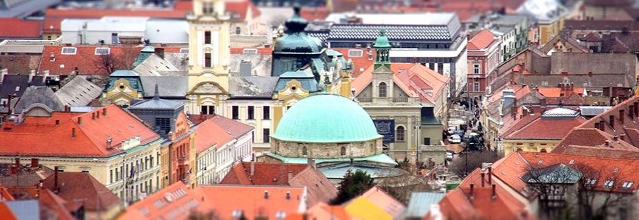 <span class='title'>Pécs központjában</span><span class='text'>Ideális üzleti út, esti szórakozás és turisztikai körséta kiindulópontjaként<br></span>